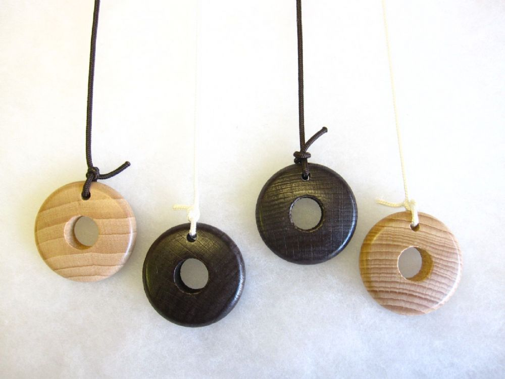 Ring Bathroom Light Cord Pull Natural Wood Wooden String